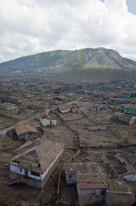 Miasto po erupcji wulkanu 29