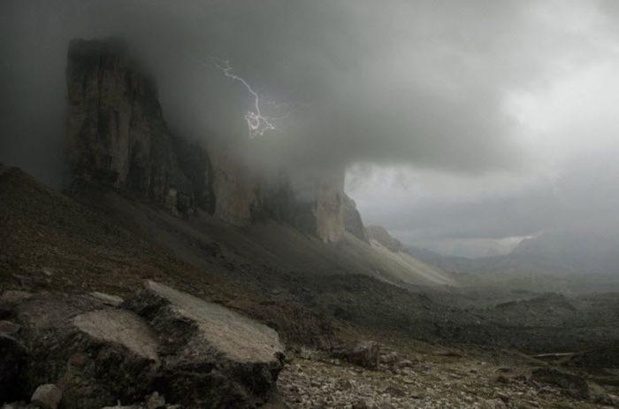 Świat we mgle 64