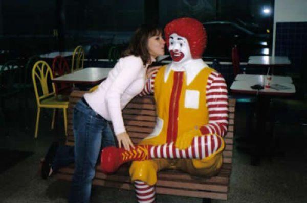 Niełatwe życie Ronalda McDonald 5