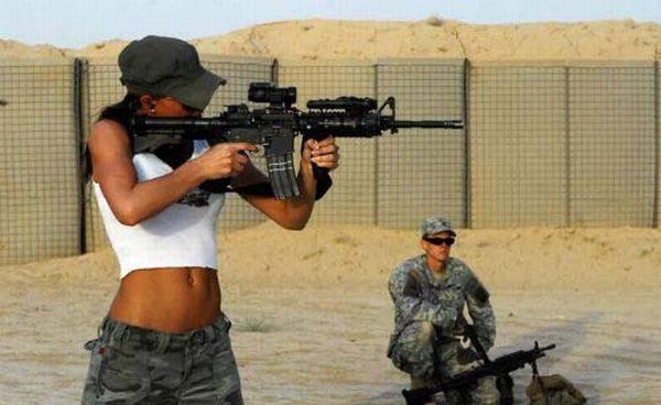 Uzbrojone dziewczyny #2 10