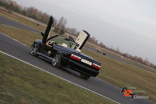 BMW e30 40