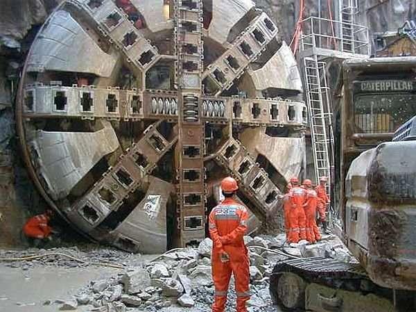 TBM - maszyny-krety drążące tunele 2